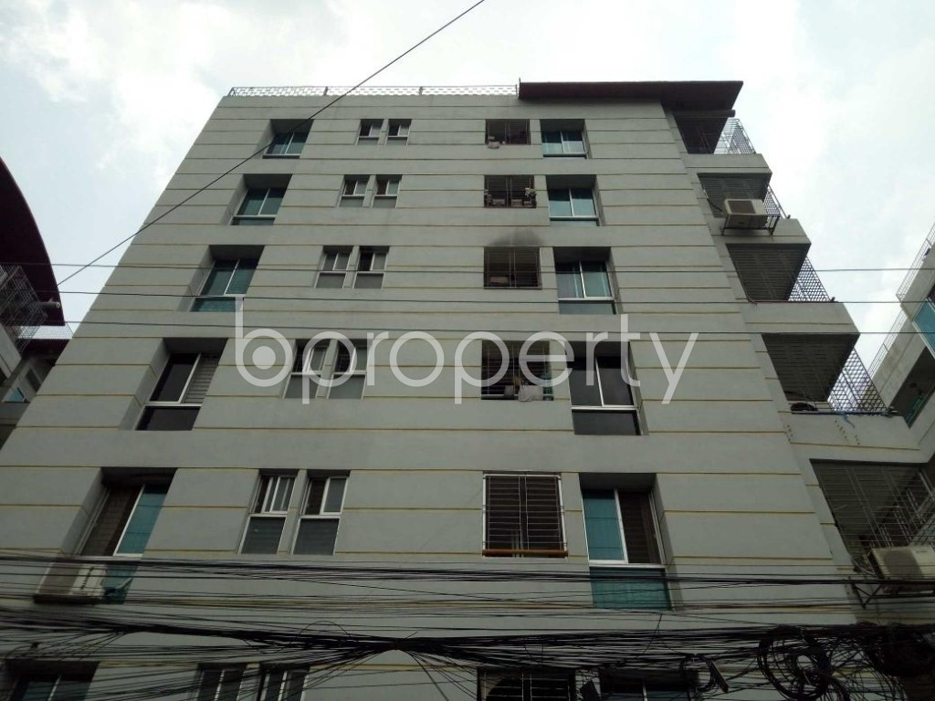 Front view - 4 Bed Apartment for Sale in Bashundhara R-A, Dhaka - 1896158