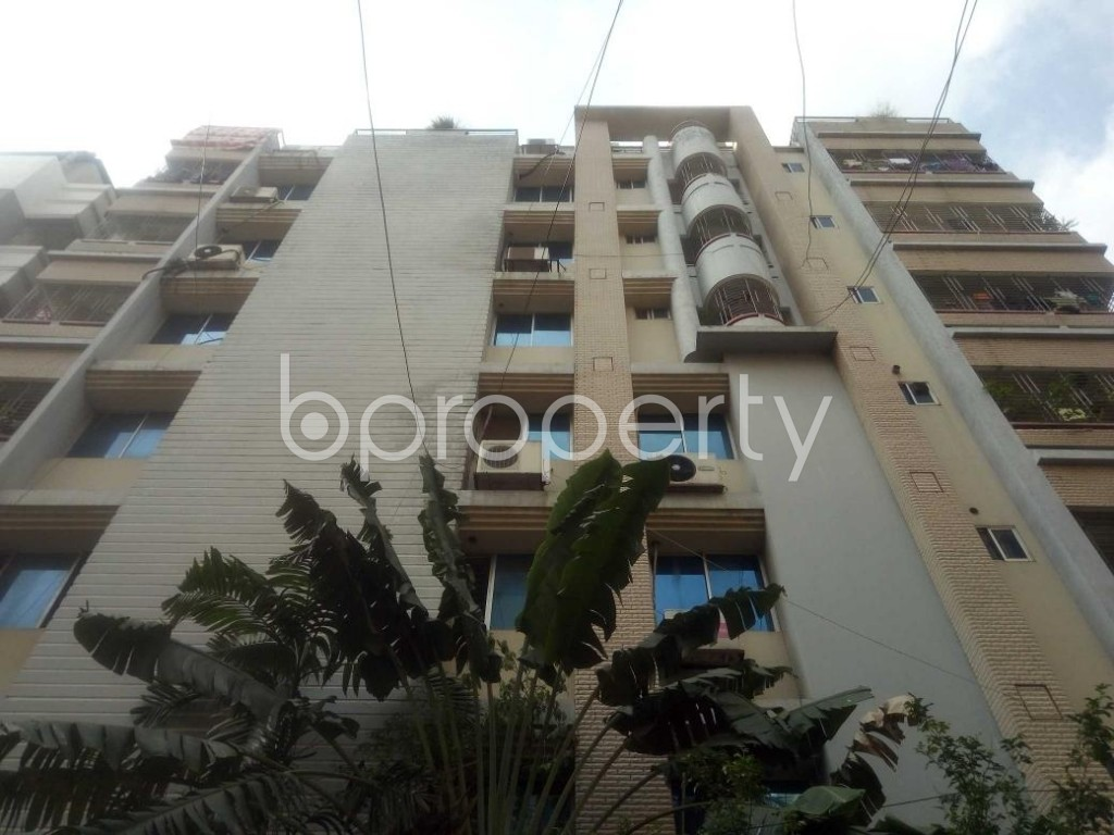 Front view - 3 Bed Apartment for Sale in Lalmatia, Dhaka - 1896279