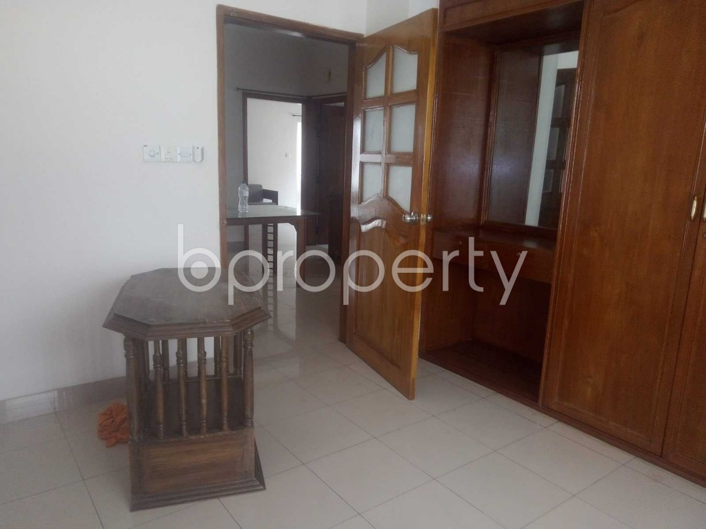 Bedroom - 3 Bed Apartment to Rent in Baridhara DOHS, Dhaka - 1896489