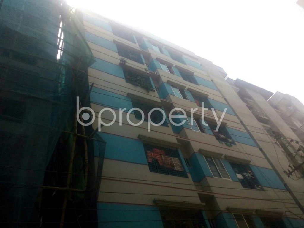 Outside view - 3 Bed Apartment to Rent in Rampura, Dhaka - 1897000