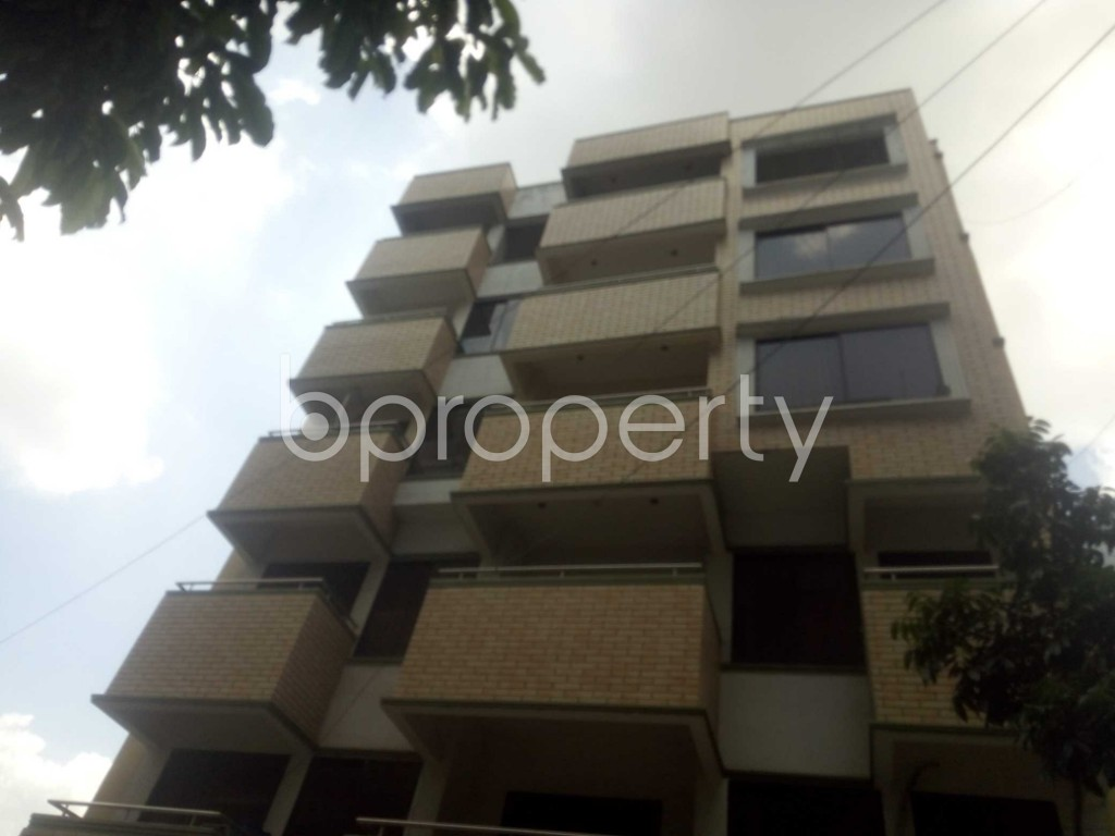 Outside view - 3 Bed Apartment to Rent in Baridhara, Dhaka - 1898412