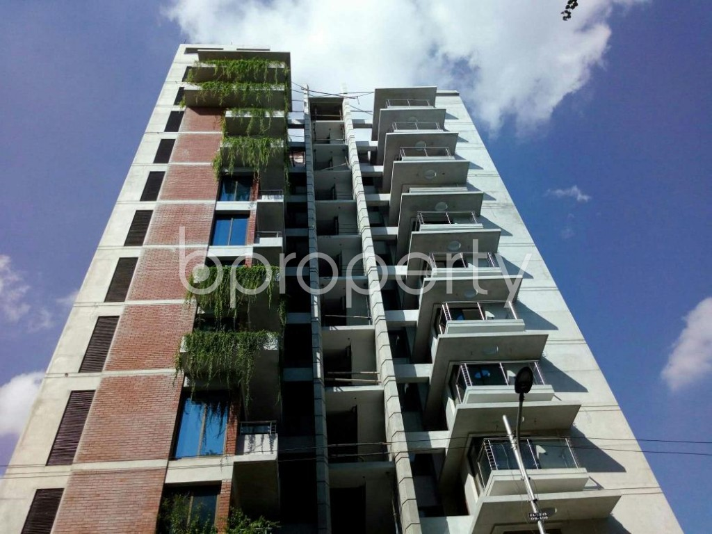 Front view - 3 Bed Apartment for Sale in Dhanmondi, Dhaka - 1898623