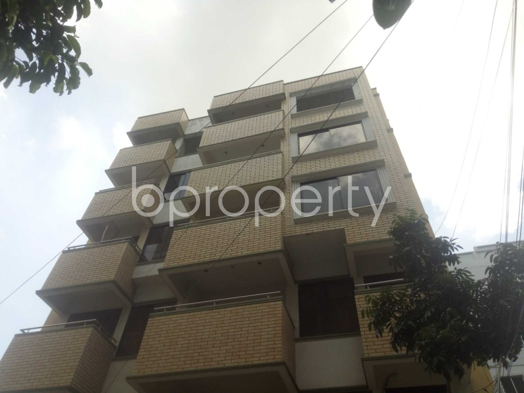 Outside view - 3 Bed Apartment to Rent in Baridhara, Dhaka - 1898790