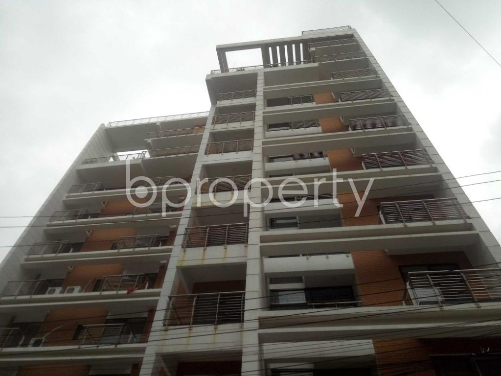 Front view - 3 Bed Apartment to Rent in Baridhara, Dhaka - 1899093