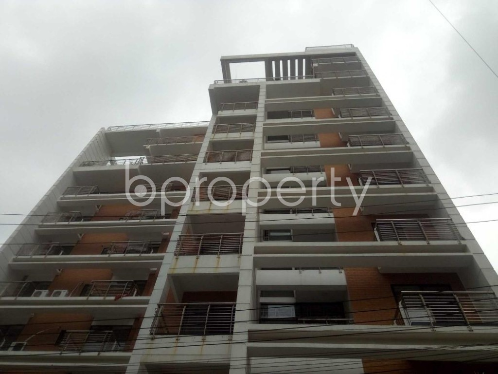 Front view - 3 Bed Apartment to Rent in Baridhara, Dhaka - 1899094