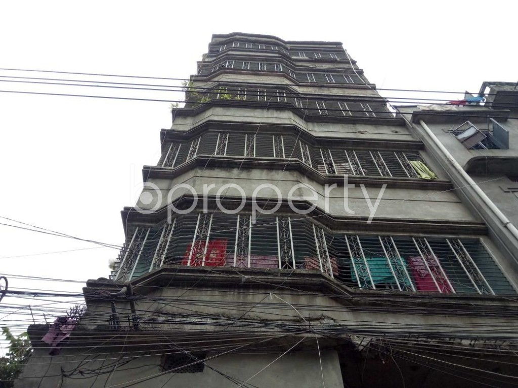 Front view - 3 Bed Apartment for Sale in Bangshal, Dhaka - 1899170