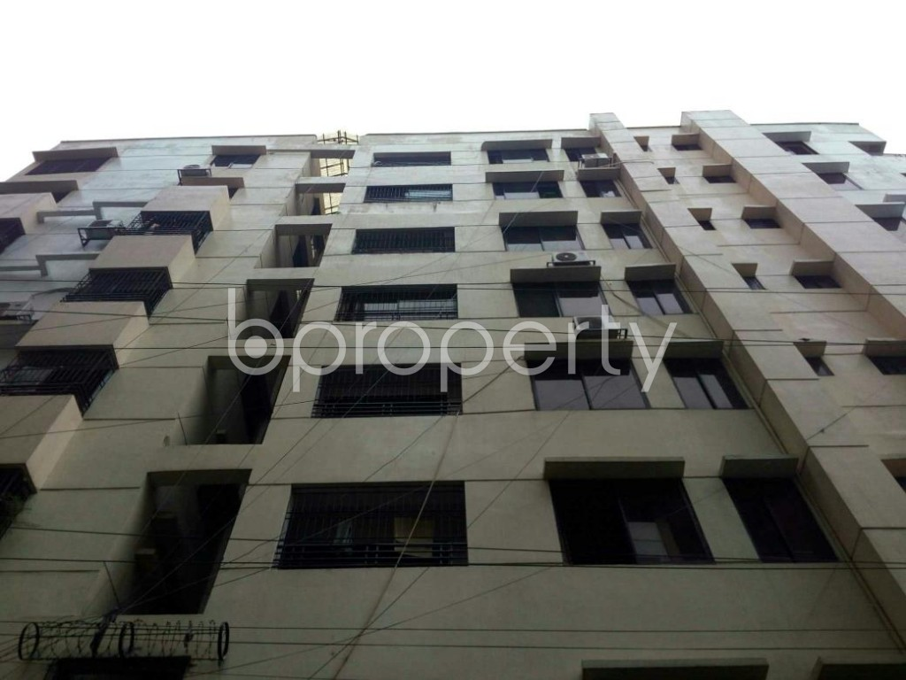 Front view - 3 Bed Apartment for Sale in Bashundhara R-A, Dhaka - 1901948
