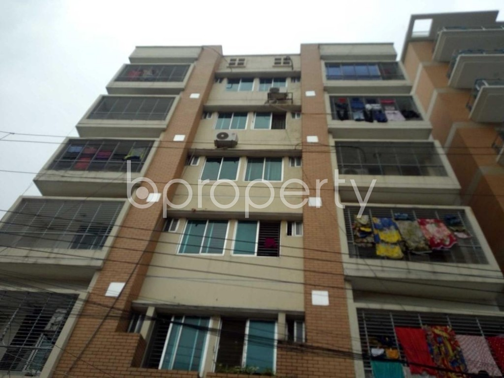Front view - 3 Bed Apartment for Sale in Bashundhara R-A, Dhaka - 1902345