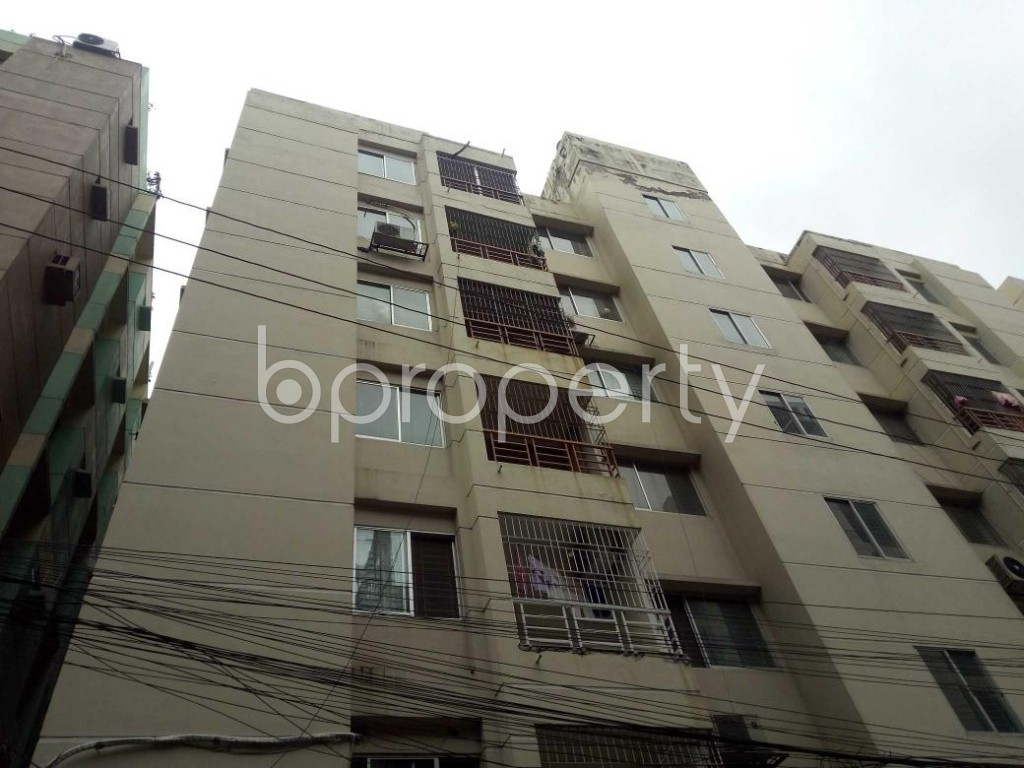 Front view - 4 Bed Apartment for Sale in Bashundhara R-A, Dhaka - 1902346