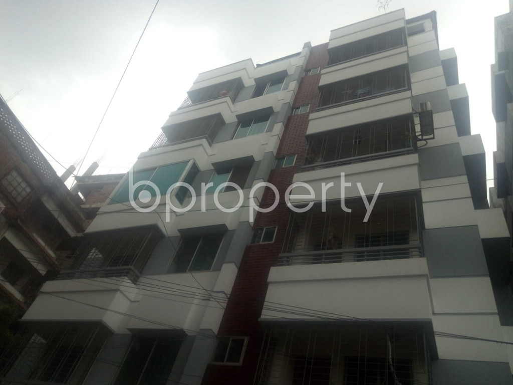 Outside view - 3 Bed Apartment to Rent in Baridhara, Dhaka - 1902600