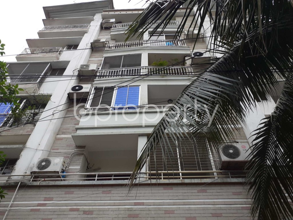 Front view - 3 Bed Apartment to Rent in Gulshan, Dhaka - 1902608