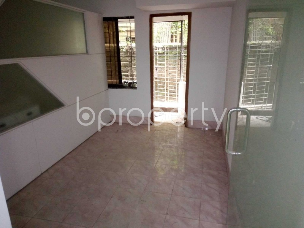 Bedroom - Office to Rent in Baridhara DOHS, Dhaka - 1902683