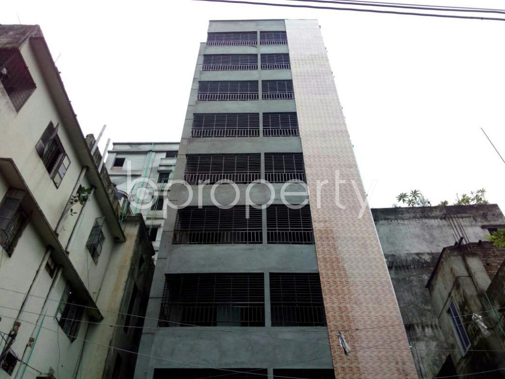 Front view - 3 Bed Apartment for Sale in Dhanmondi, Dhaka - 1902828