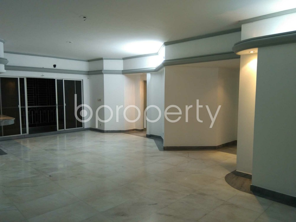 Lounge - 3 Bed Apartment to Rent in Gulshan, Dhaka - 1902862