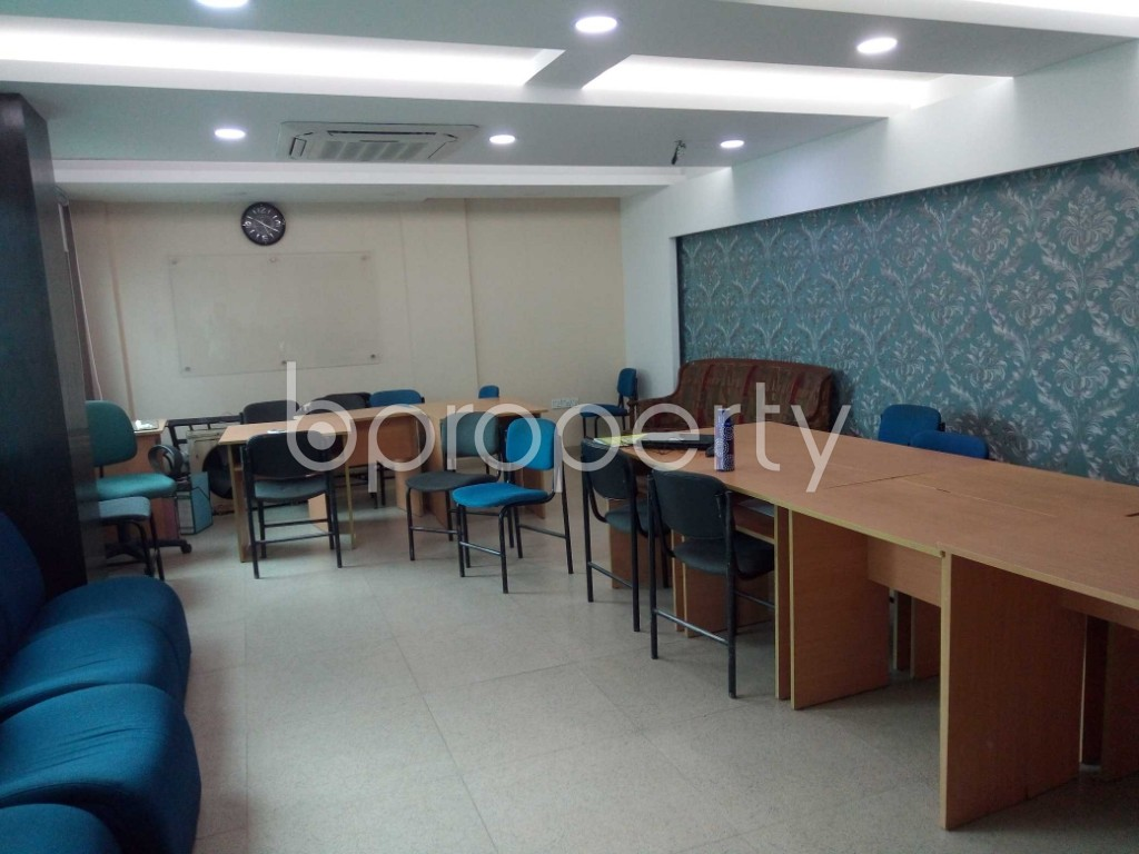 Commercial inside - Office to Rent in Badda, Dhaka - 1902922