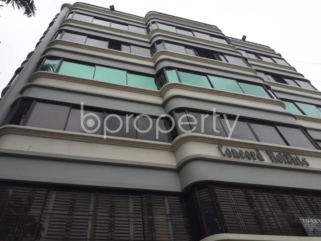 Front view - 4 Bed Apartment to Rent in Gulshan, Dhaka - 1902929
