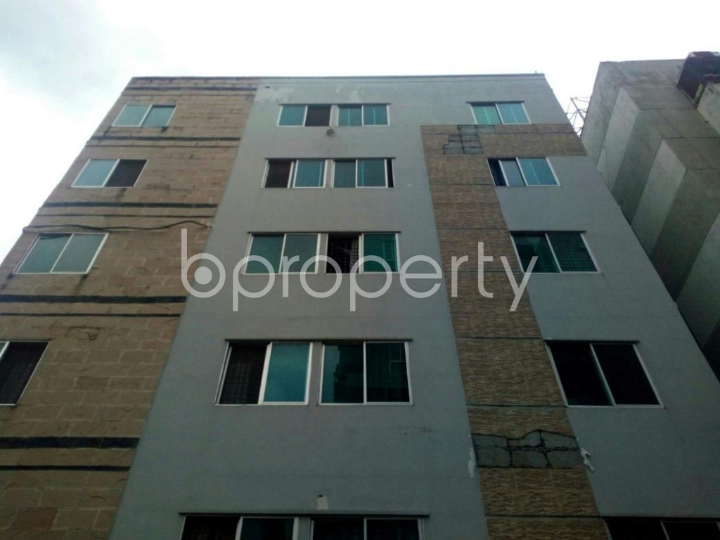 Front view - 2 Bed Apartment to Rent in Bashundhara R-A, Dhaka - 1902973