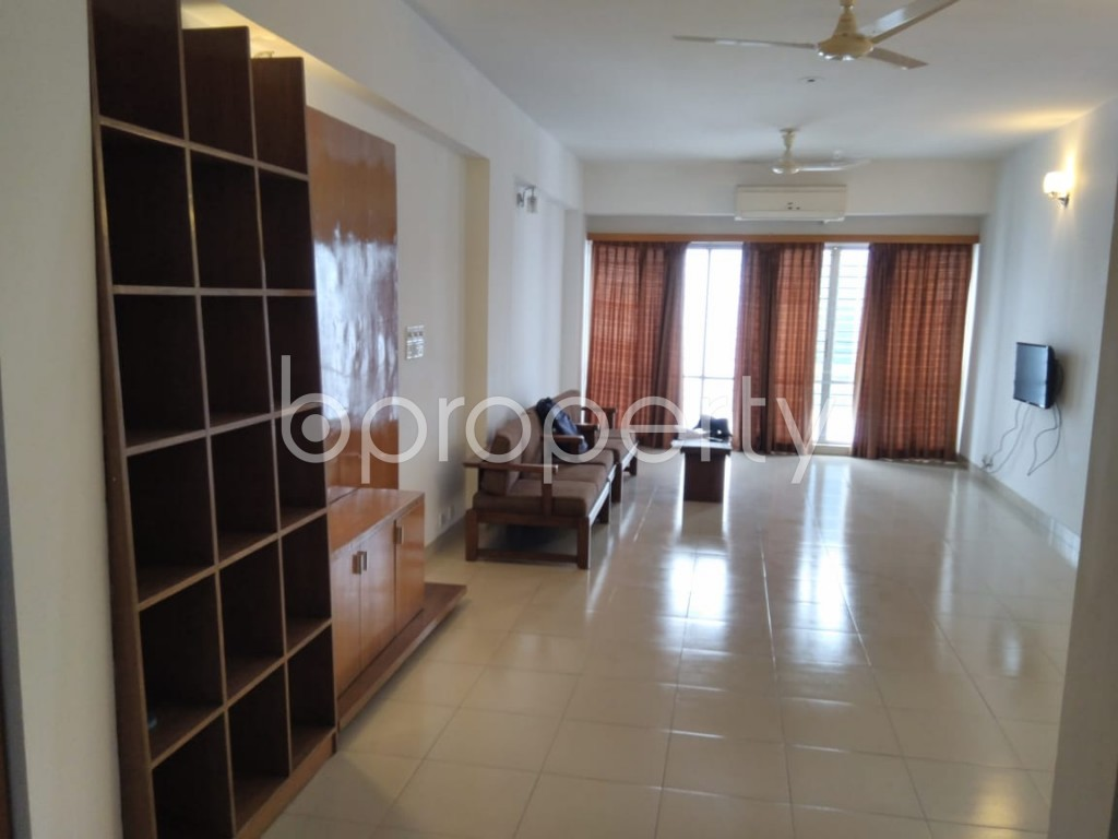 Empty Room - 3 Bed Apartment to Rent in Gulshan, Dhaka - 1903279