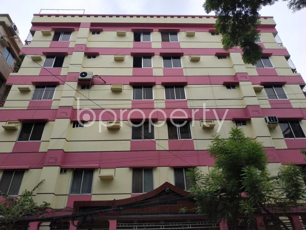 Front view - 3 Bed Apartment to Rent in Bashundhara R-A, Dhaka - 1903326