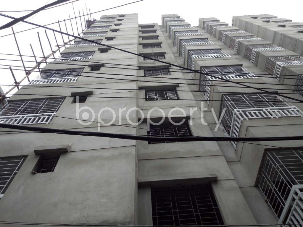 Front view - 3 Bed Apartment for Sale in Dhanmondi, Dhaka - 1903373