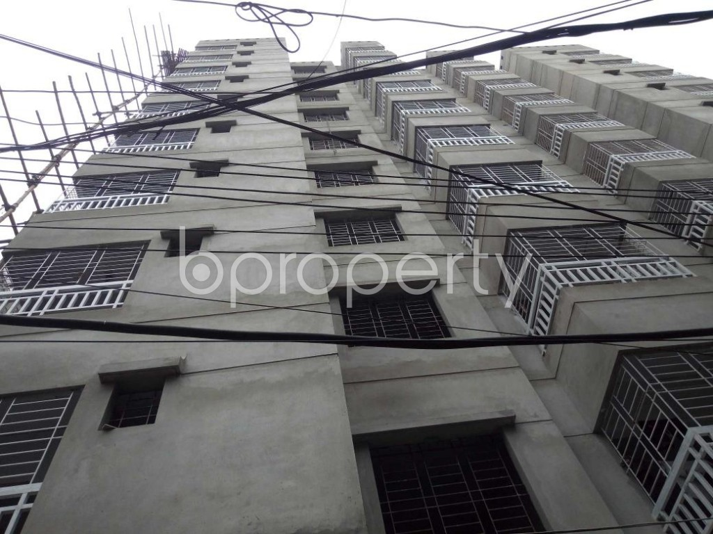Front view - 3 Bed Apartment for Sale in Dhanmondi, Dhaka - 1903375