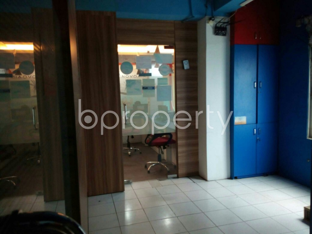 Commercial inside - Office to Rent in Gulshan, Dhaka - 1903406
