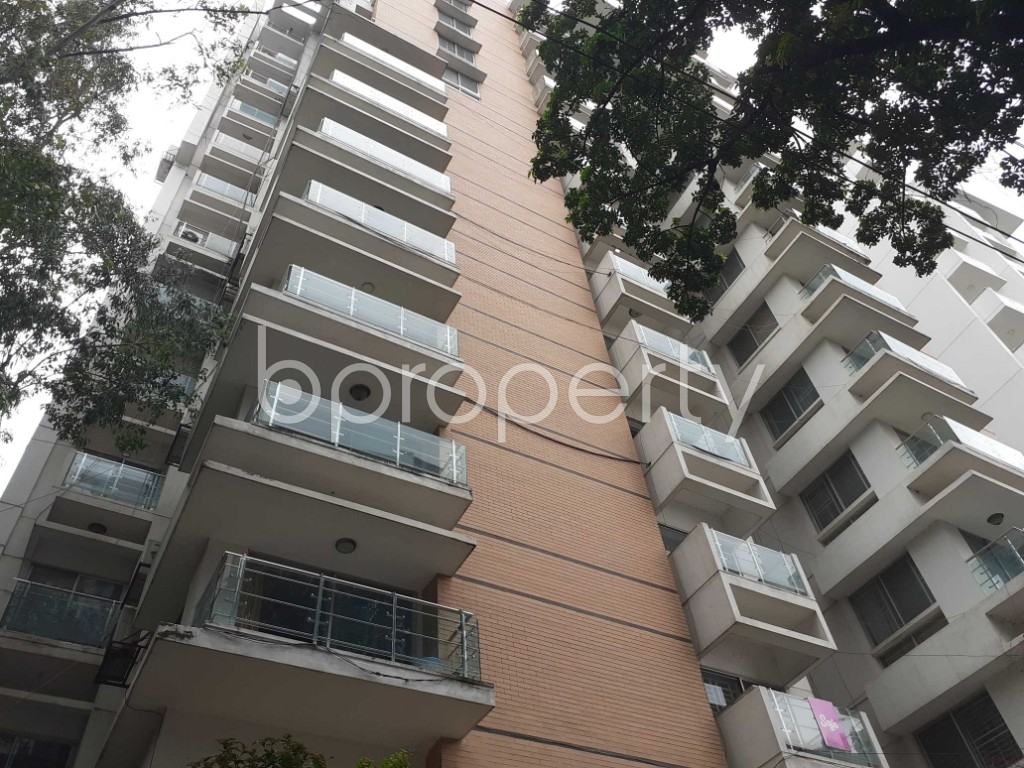 Front view - 4 Bed Apartment to Rent in Gulshan, Dhaka - 1903424