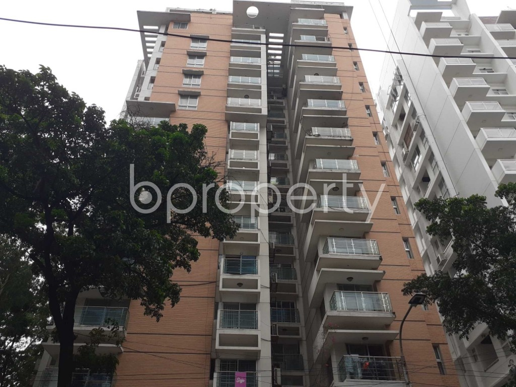 Front view - 4 Bed Apartment to Rent in Gulshan, Dhaka - 1903436