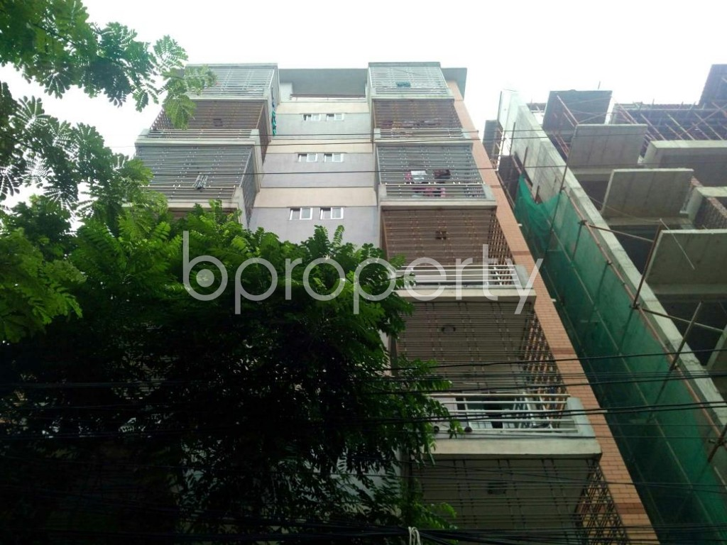 Front view - 3 Bed Apartment to Rent in Bashundhara R-A, Dhaka - 1903438