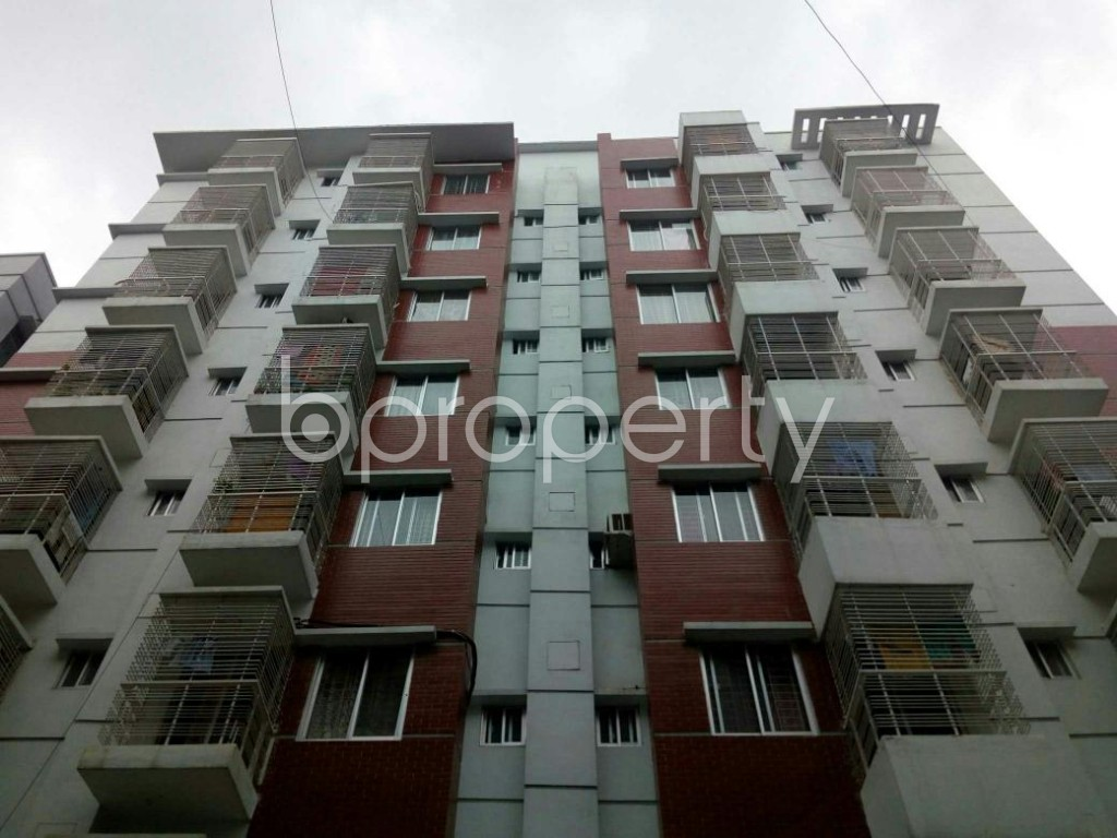 Front view - 3 Bed Apartment to Rent in Bashundhara R-A, Dhaka - 1903449