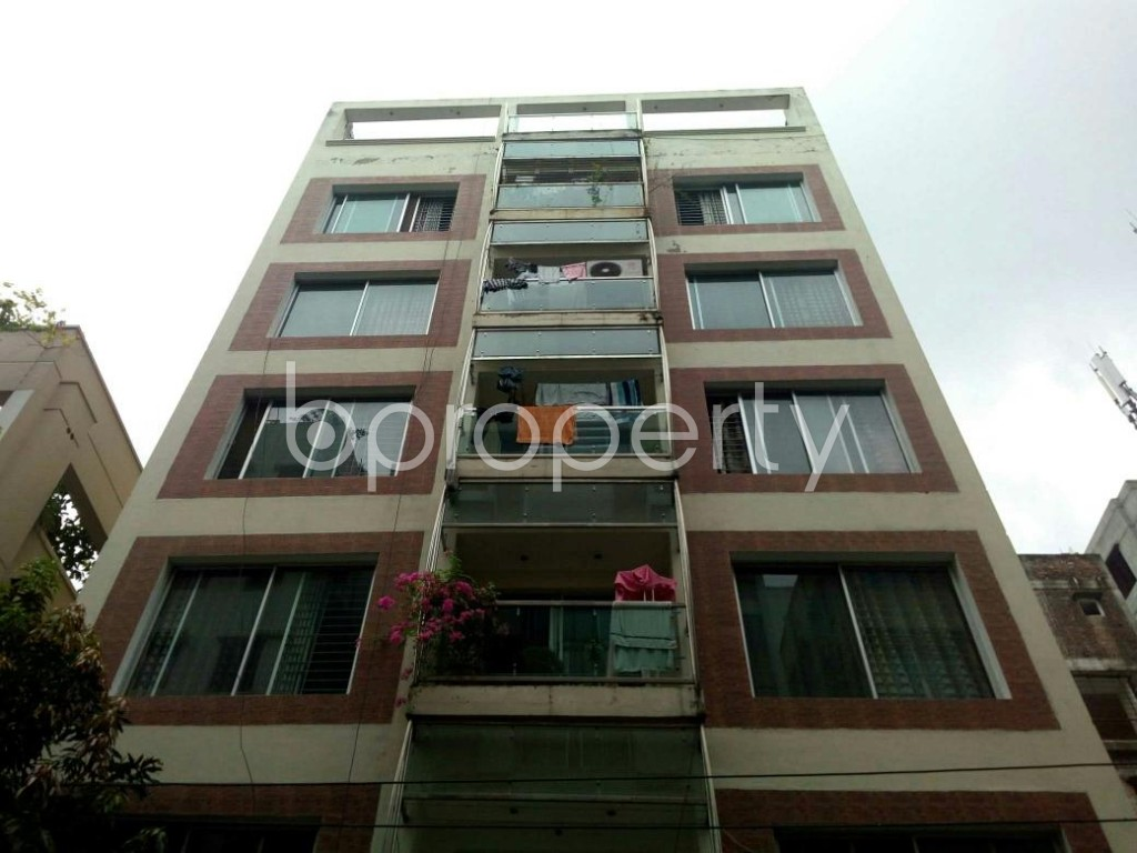 Front view - 3 Bed Apartment to Rent in Bashundhara R-A, Dhaka - 1903463