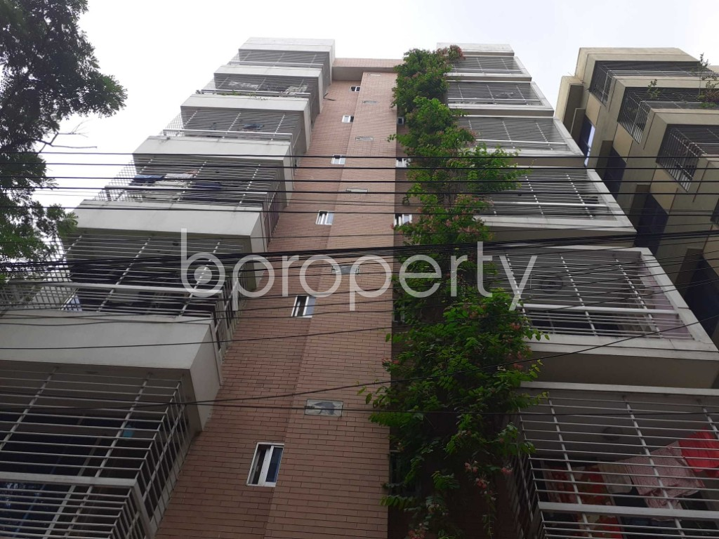 Front view - 3 Bed Apartment to Rent in Bashundhara R-A, Dhaka - 1903494