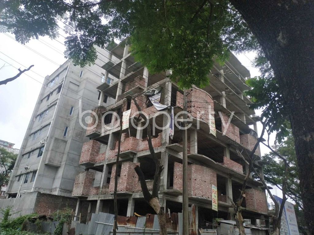 Front view - 3 Bed Apartment for Sale in Bashundhara R-A, Dhaka - 1903499