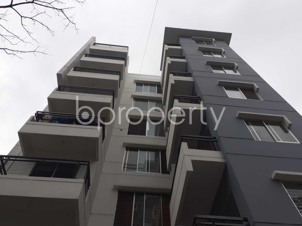 Front view - 1 Bed Apartment to Rent in Bashundhara R-A, Dhaka - 1903531