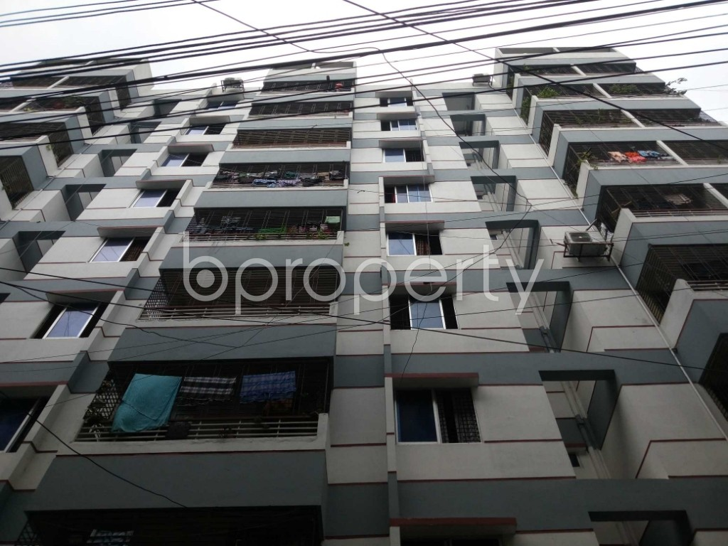 Front view - 3 Bed Apartment to Rent in Mirpur, Dhaka - 1903556