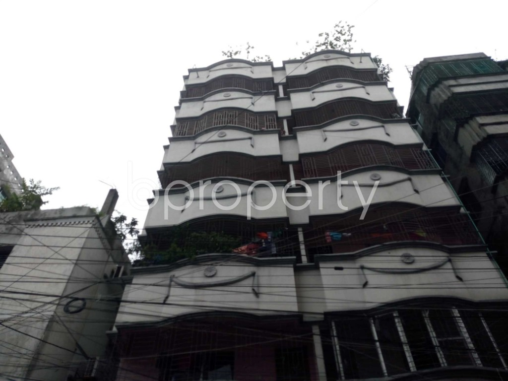 Outside view - 2 Bed Apartment to Rent in Nikunja, Dhaka - 1903595