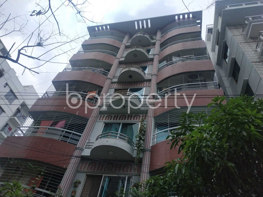 Front view - 3 Bed Apartment to Rent in Bashundhara R-A, Dhaka - 1903613