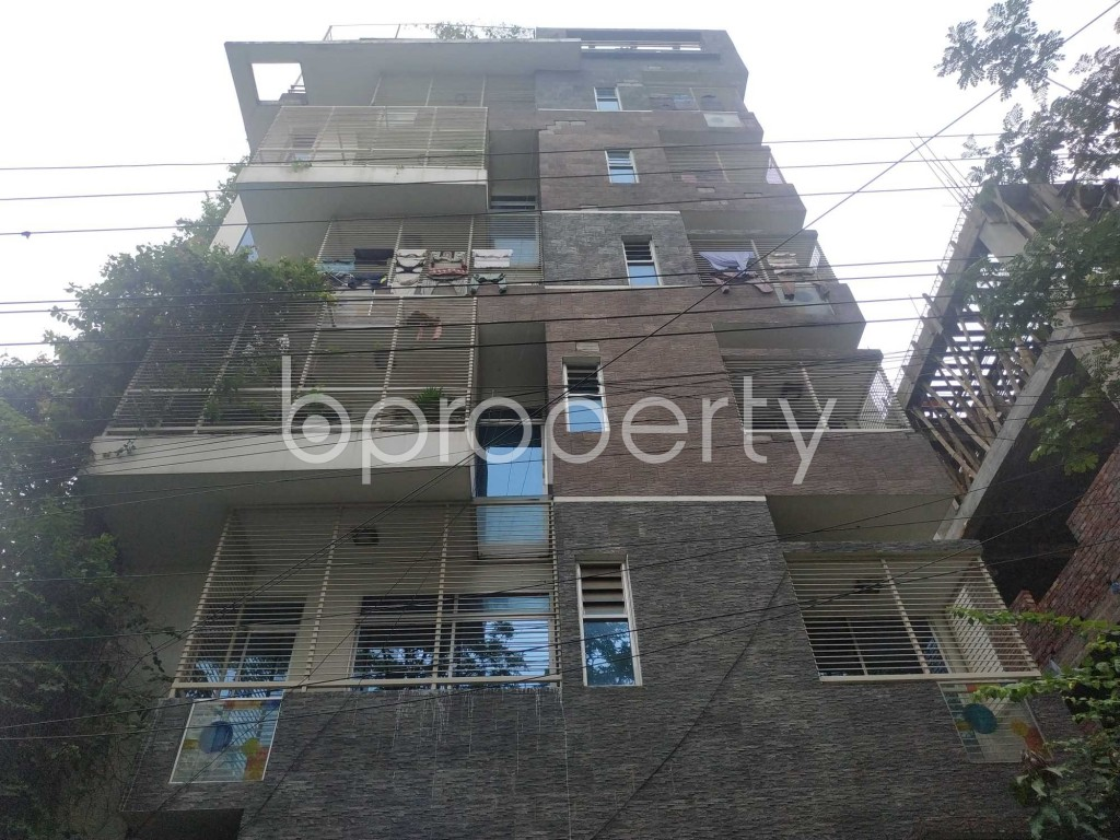 Front view - 3 Bed Apartment to Rent in Bashundhara R-A, Dhaka - 1903615