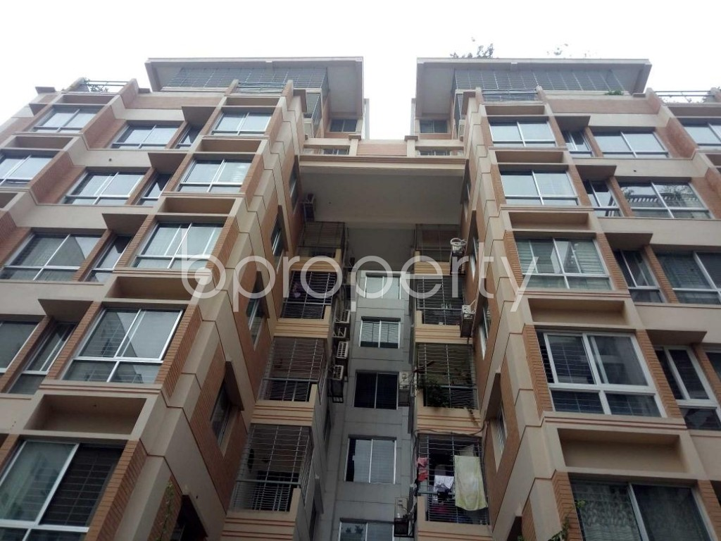 Front view - 3 Bed Apartment for Sale in Bashundhara R-A, Dhaka - 1903879