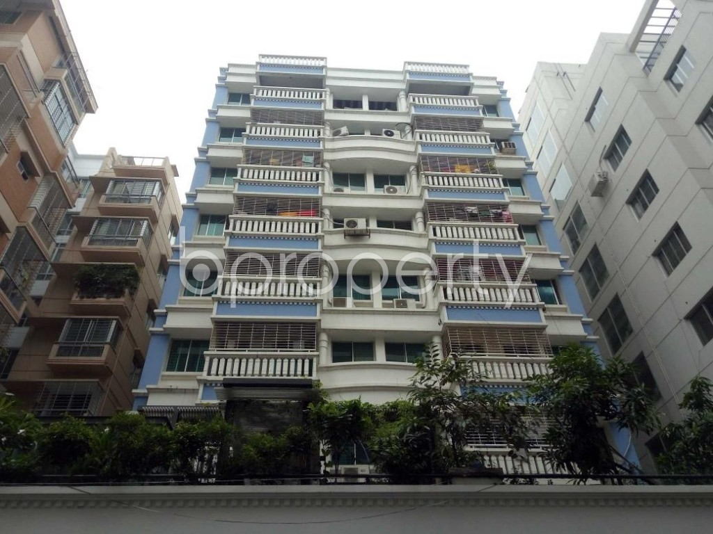 Front view - 3 Bed Apartment for Sale in Bashundhara R-A, Dhaka - 1903881