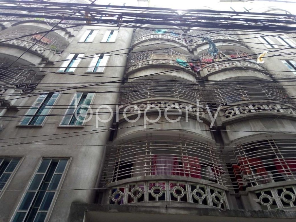Front view - 3 Bed Apartment to Rent in Lalbagh, Dhaka - 1905401