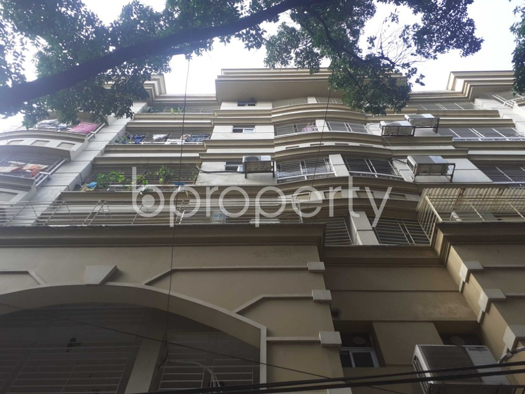 Front view - 3 Bed Apartment for Sale in Banani, Dhaka - 1905424