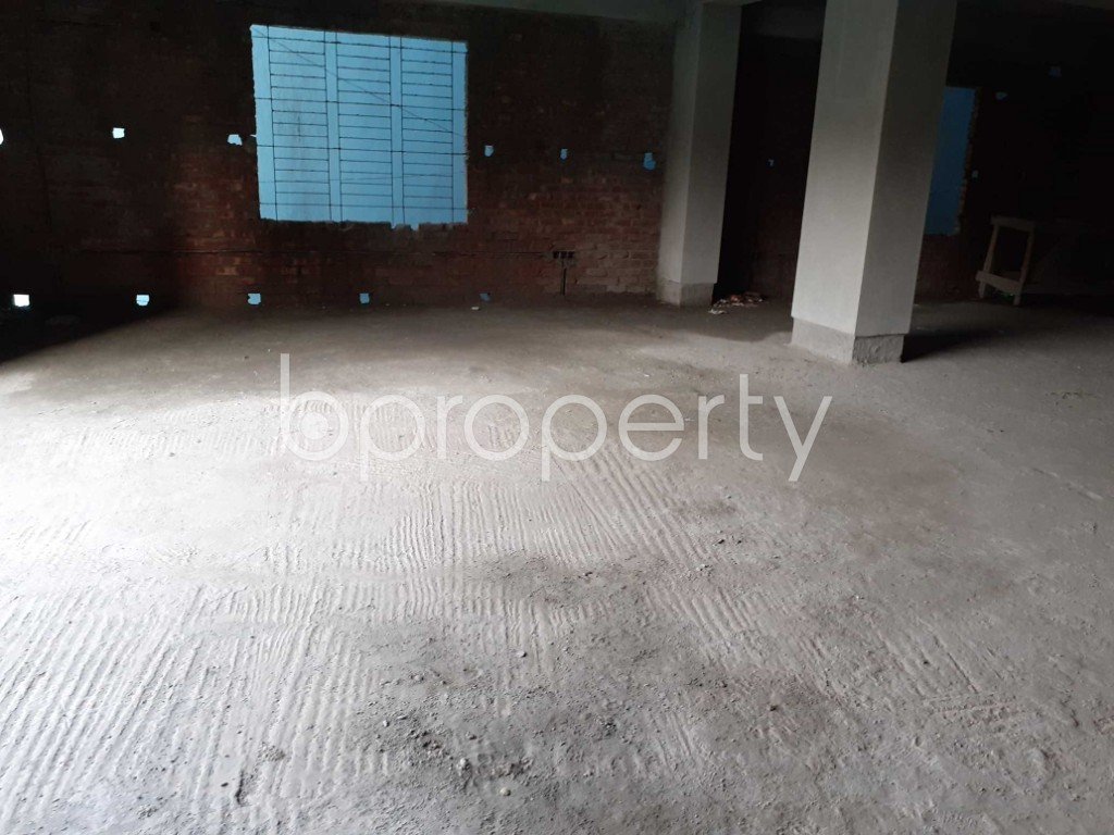 Commercial inside - Floor for Sale in Motijheel, Dhaka - 1905491