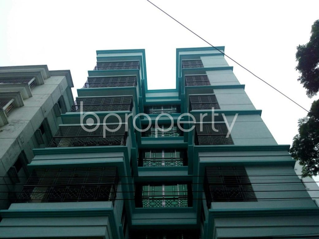 Front view - 3 Bed Apartment for Sale in Bashundhara R-A, Dhaka - 1905615