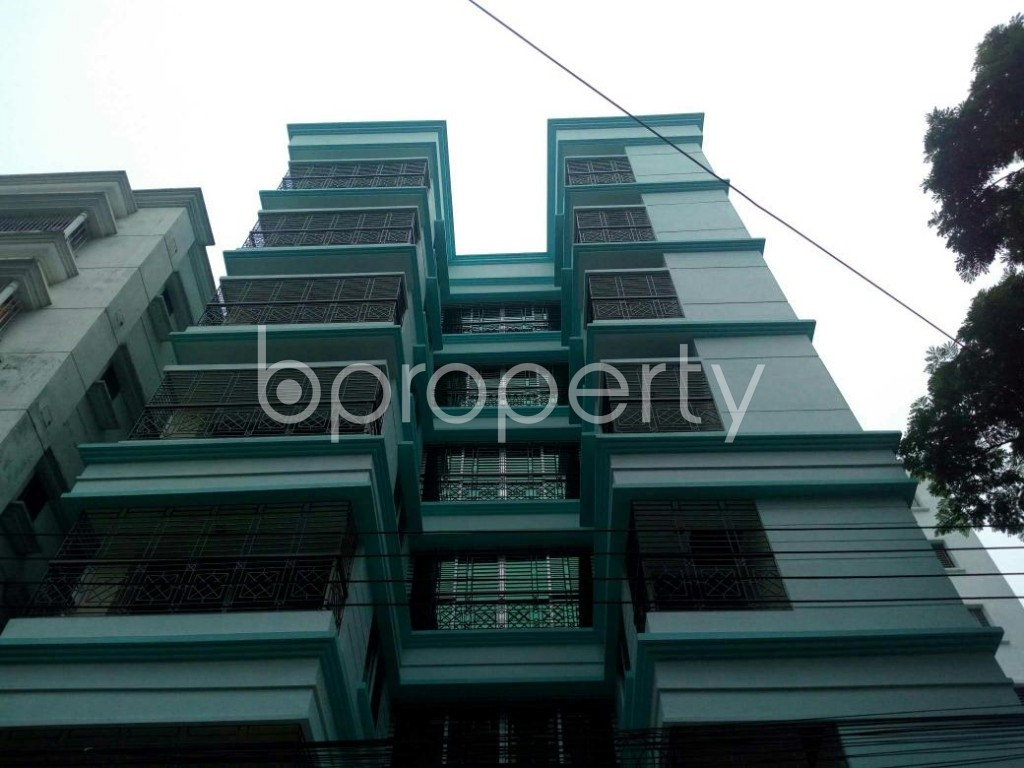 Front view - 3 Bed Apartment for Sale in Bashundhara R-A, Dhaka - 1905618