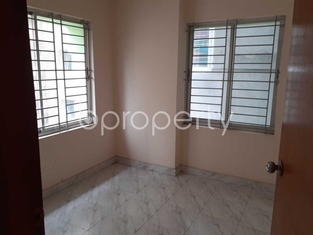Empty Room - 3 Bed Apartment for Sale in Tejgaon, Dhaka - 1905616