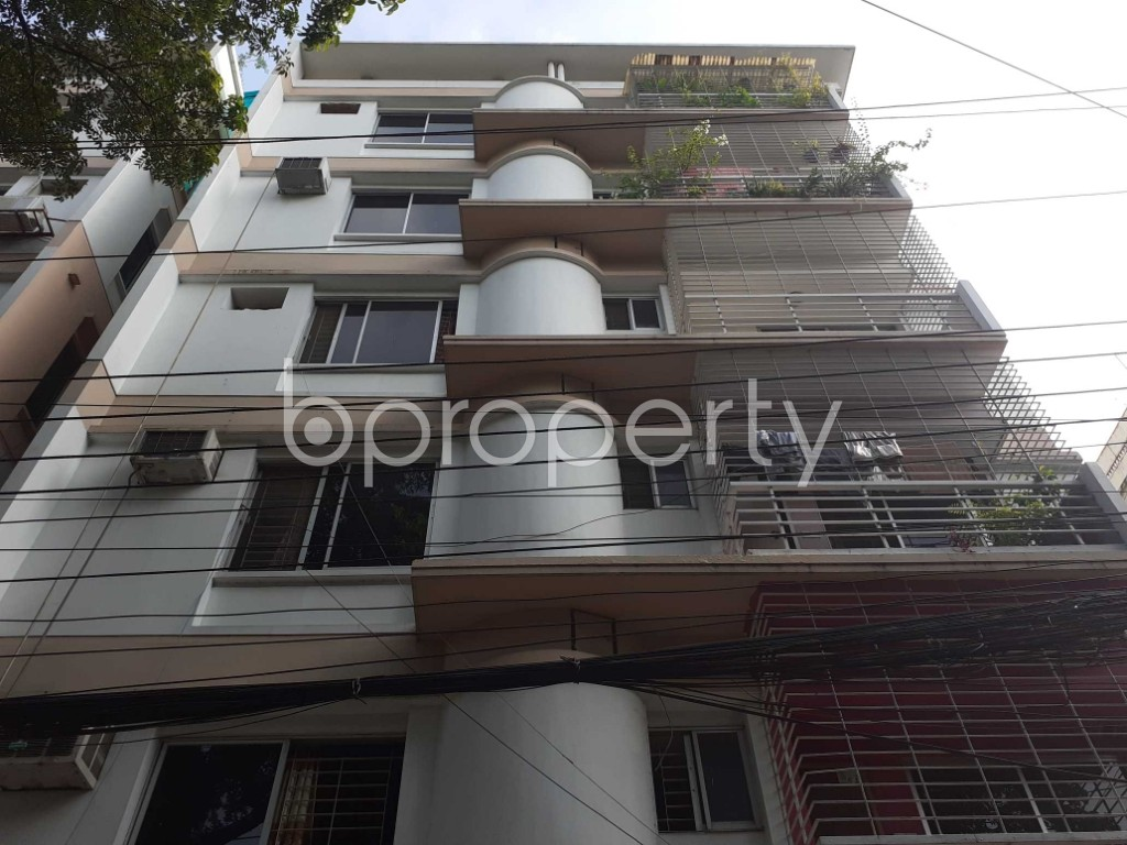Front view - 3 Bed Apartment for Sale in Banani, Dhaka - 1905923