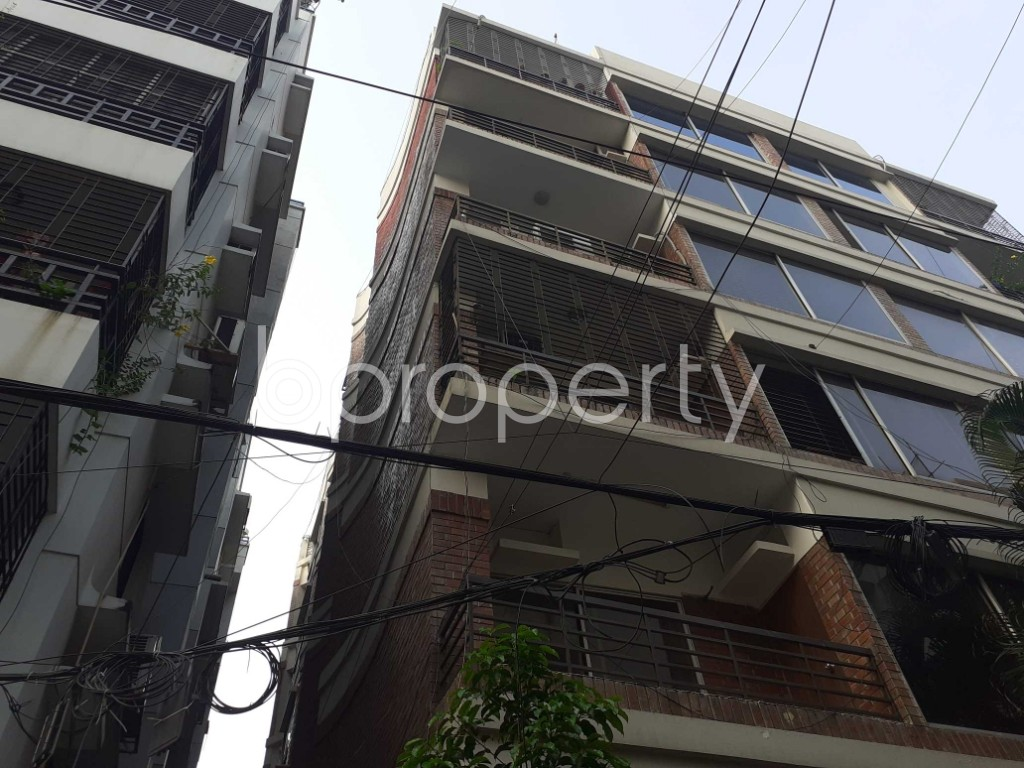 Outside view - 3 Bed Apartment to Rent in Banani, Dhaka - 1905977