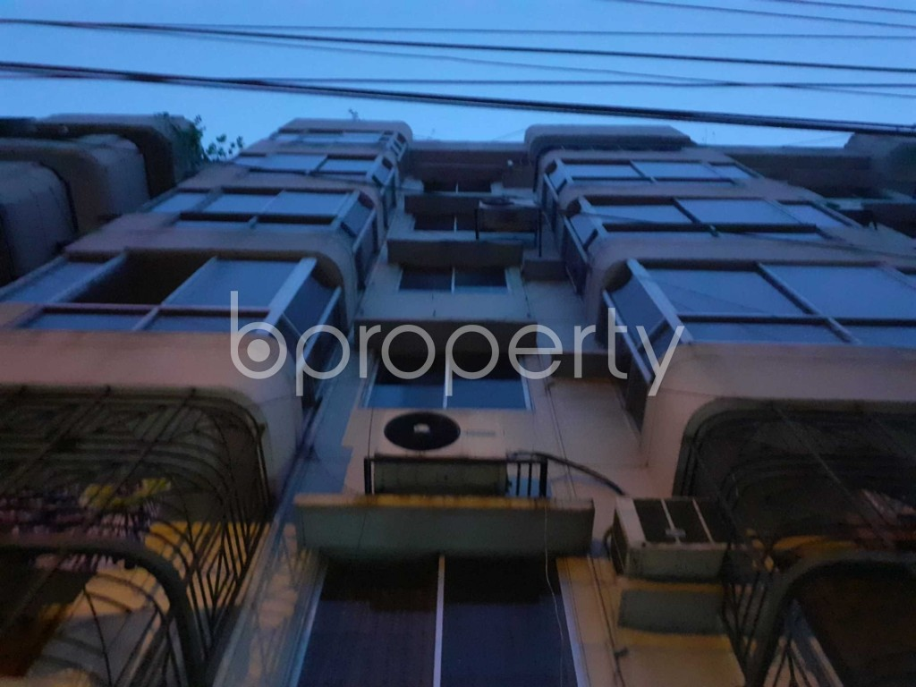 Front view - 3 Bed Apartment to Rent in Banani, Dhaka - 1906309