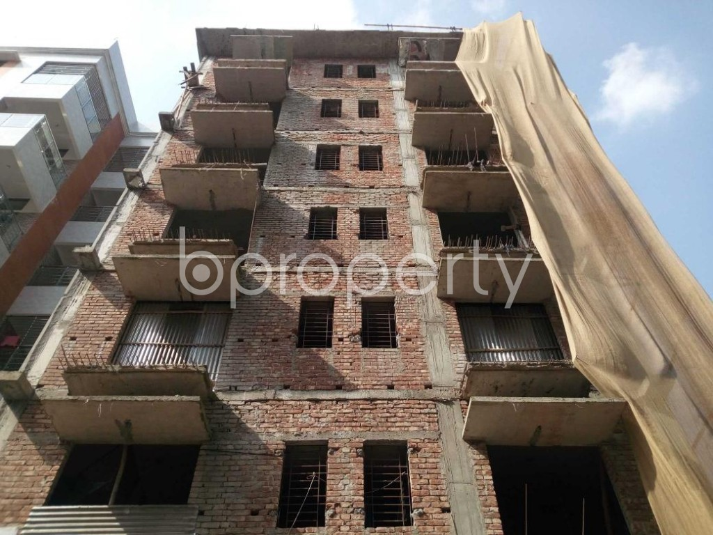 Front view - 3 Bed Apartment for Sale in Aftab Nagar, Dhaka - 1906461